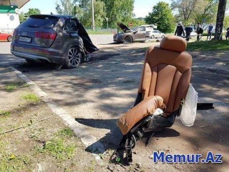 """""""Audi Q7 """" qəza nəticəsində iki yerə bölündü"""
