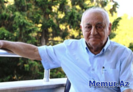 İlham Əliyev Bakının memarını təltif etdi