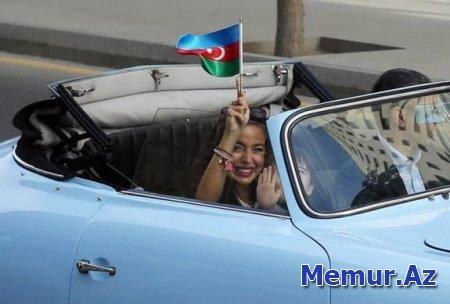 Leyla Əliyevadan Bayraq Günü paylaşımı