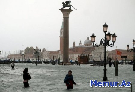 Dünyanın ən romantik şəhərlərindən biri su altında qaldı