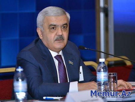 Rövnəq Abdullayev AFFA prezidentliyinə namizəd oldu