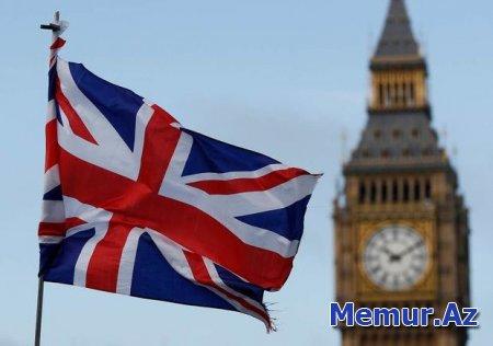 Böyük Britaniya 70 yaşdan yuxarı bütün vətəndaşlarını təcrid etməyi planlaşdırır