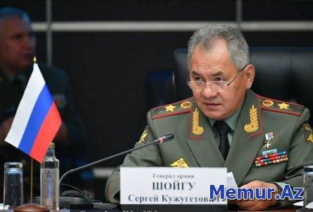 Rusiya Müdafiə naziri Sergey Şoyqu Bakıya gəlib